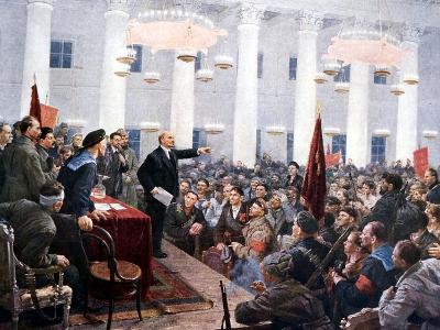 Lenin Haranguing Deputies of the 2nd Soviet Congress, Smolny Palace, St Petersburg, 1917--Giclee Print