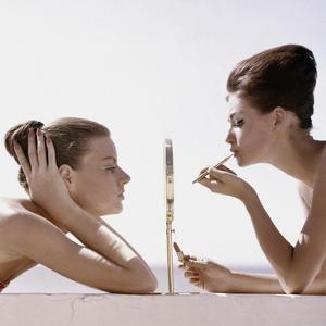 Vogue - April 1960 - Trading Beauty Secrets by Leombruno-Bodi