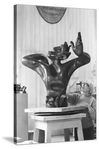 Leon Underwood in his studio with 'Phoenix for Europe', c.1971-72
