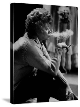 "Lucille Ball Smoking on Show Called ""The Good Years"""