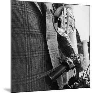 GQ - October 1967 by Leonard Nones