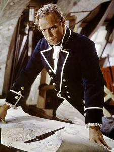 Les revoltes du Bounty Mutiny on the Bounty by LewisMilestone with Marlon Brando, 1962 (photo)