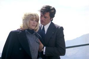 Les seins by glace Icy Breasts by Georges Lautner with Mireille Darc and Alain Delon, 1974 (photo)