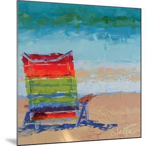 At the Beach by Leslie Saeta
