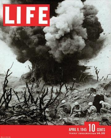 LIFE Marines Iwo Shima action