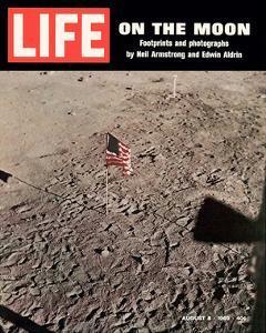 LIFE On the Moon-Footprints