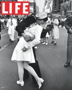 LIFE VJ Day Soldier Kissing girl