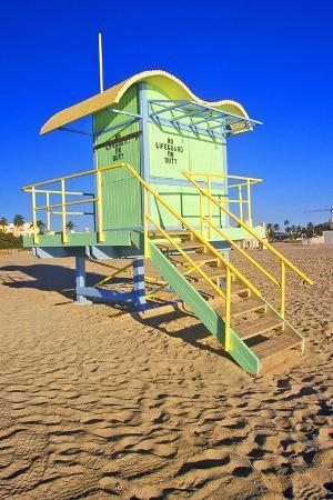 lifeguard-house-south-beach-fl
