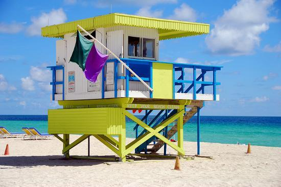 lifeguard-station-miami-beach