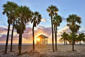 Lifeguard Station on the Beach, Crandon Park, Key Biscayne, Florida, USA