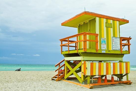 lifeguard-tower-south-beach-fl