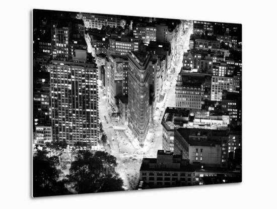 Lifestyle Instant, Flatiron Building by Nigth, Black and White Photography, Manhattan, NYC, US-Philippe Hugonnard-Metal Print