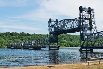 Lift Bridge-Hank Shiffman-Photographic Print