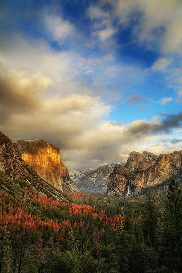 Light & Storm Clears at Tunnel View El Capitan Half Dome Yosemite National Park-Vincent James-Photographic Print
