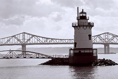 Lighthouse on The Hudson, Tarrytown, New York-George Oze-Photographic Print