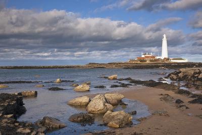 Lighthouse Scenic, Northumberland, England-Design Pics Inc-Photographic Print