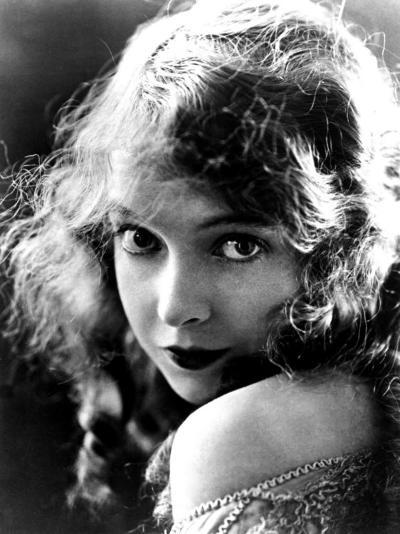 Lillian Gish, Late Teens--Photo