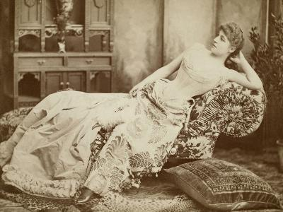 Lillie Langtry (1852-1929)--Giclee Print