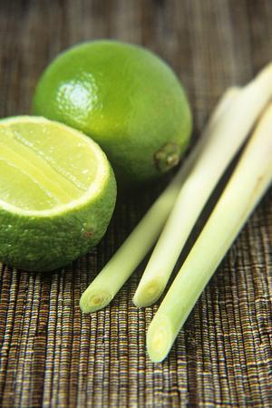 https://imgc.artprintimages.com/img/print/limes-and-lemongrass_u-l-pzh9zm0.jpg?p=0