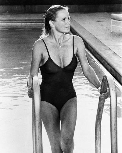 Linda Evans - Dynasty--Photo