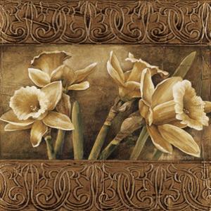 Golden Daffodils I by Linda Thompson