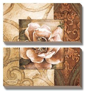 Linen Roses II by Linda Thompson