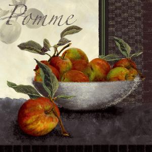 Les Pommes by Linda Wood