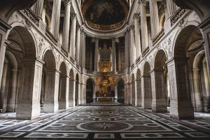 Palace Of Versailles by Lindsay Daniels