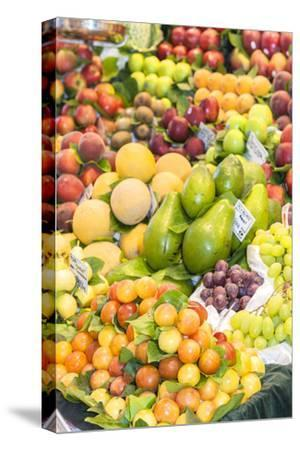 Europe, Spain, Barcelona, St. Josep La Boqueria, Food Market, Fruit
