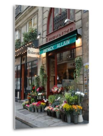 Florist in Ile St. Louis, Paris, France