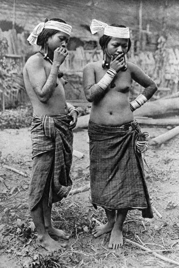 Lisum Women of Central Borneo, 1922-Charles Hose-Giclee Print
