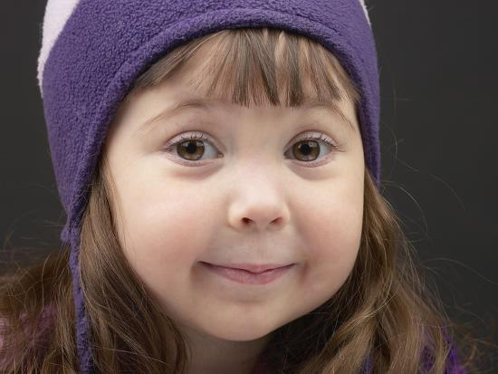 Little Girl in Toque--Photographic Print