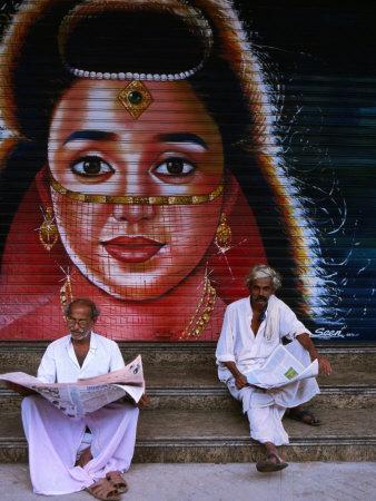 https://imgc.artprintimages.com/img/print/local-men-read-newspapers-in-front-of-painted-shutter-kozhikode-kerala-india_u-l-p5eaq10.jpg?p=0
