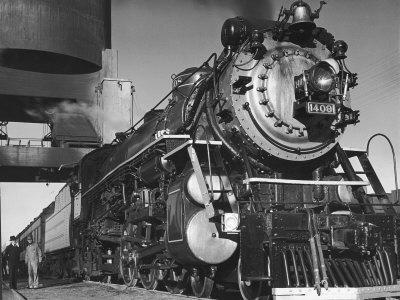 https://imgc.artprintimages.com/img/print/locomotive-of-train-at-water-stop-during-president-franklin-d-roosevelt-s-trip-to-warm-springs_u-l-p3n2u30.jpg?artPerspective=n