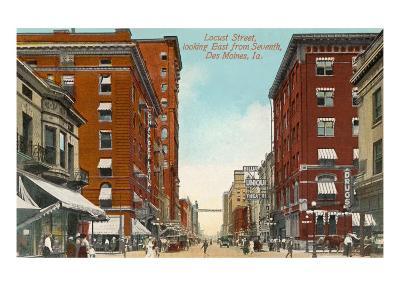 Locust Street, Des Moines, Iowa--Art Print