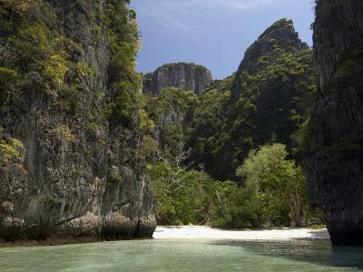 Loh Sama Bay, Phi Phi Lay Island, Thailand, Southeast Asia-Sergio Pitamitz-Photographic Print