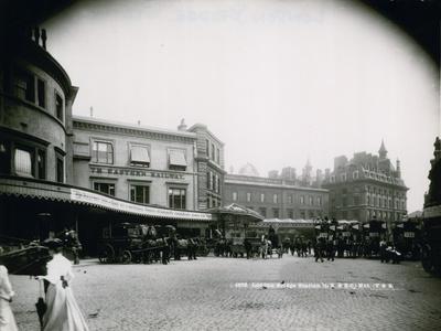 London Bridge Station--Photographic Print