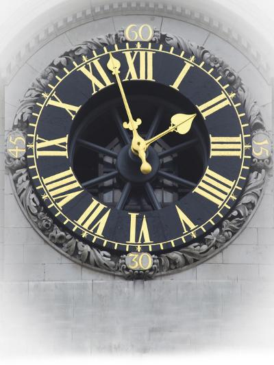 London Clock 3-Chris Bliss-Photographic Print