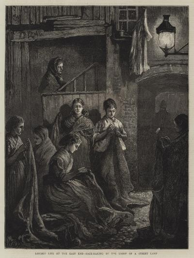 London Life at the East End, Sack-Making by the Light of a Street Lamp-William Bazett Murray-Giclee Print