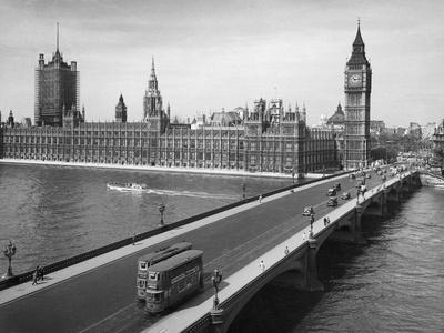 London: Parliament--Giclee Print