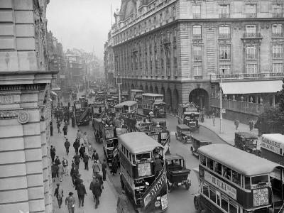 London Traffic--Photographic Print