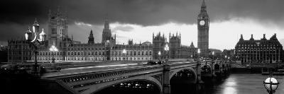 London-Jerry Driendl-Photographic Print