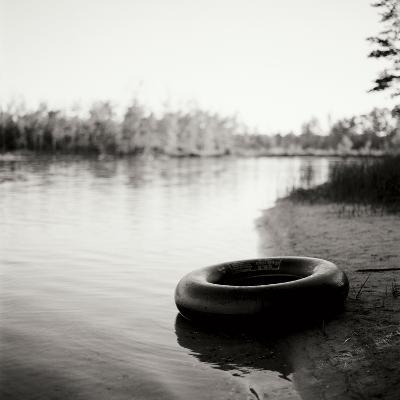 Lonely Inner Tube-Bob Stefko-Photographic Print