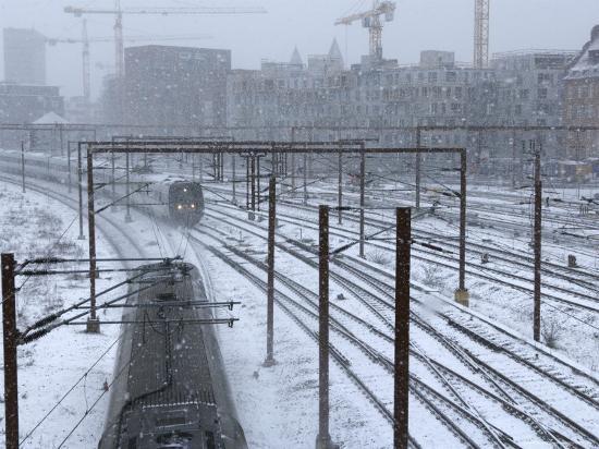 34e6cc468ed9 Lonely Snow Train Station