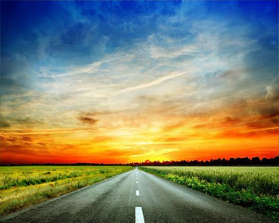 long-country-road-to-sunset