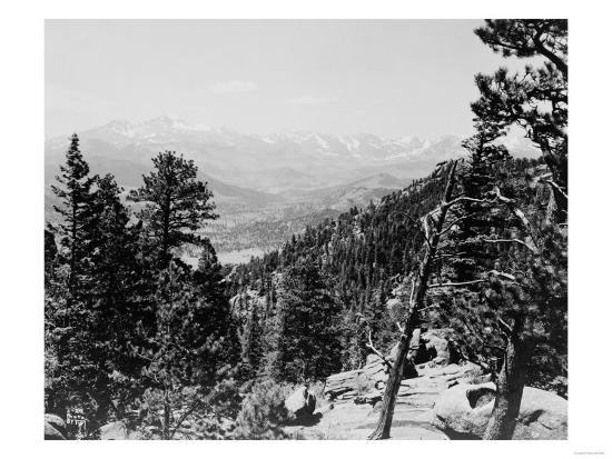 Longs Peaks and the Continental Divide Photograph - Colorado-Lantern Press-Art Print