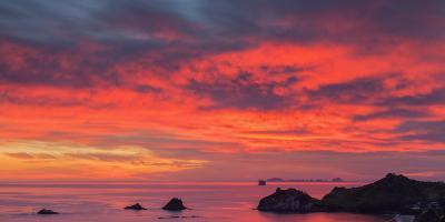 Looking South-East from New Zealand's Coromandel Peninsula to the Alderman Islands at Dawn, Waikato-Garry Ridsdale-Photographic Print