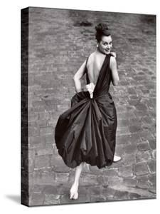 Add a Pearl Week Paris Collection by Loomis Dean