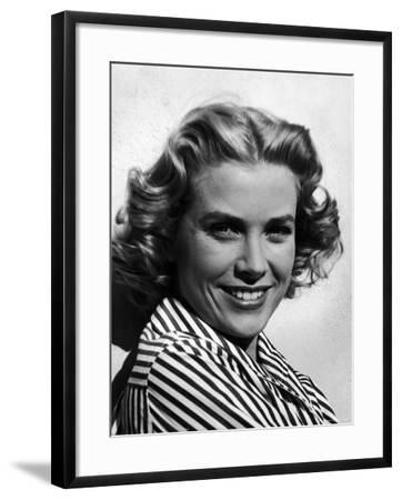 Excellent Close Up Portrait of Movie Actress, Grace Kelly