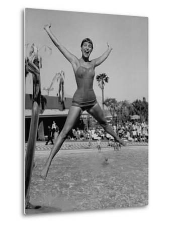 Las Vegas Chorus Girl Kim Smith at the Swimming Pool in the Sands Hotel